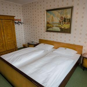 Omis Zimmer